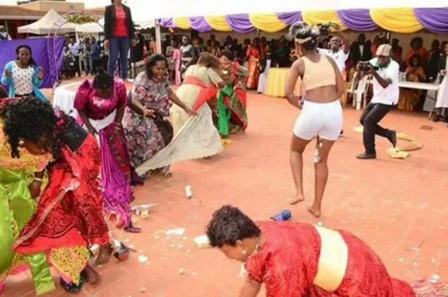 """Bride runs mad during wedding, after she was attacked by """"her village people"""""""